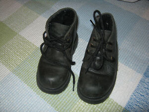 Gap Leather Fall boots (size 7)