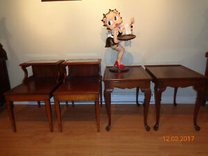 ANTIQUE  COFFEE  TABLE  - 2  SETS