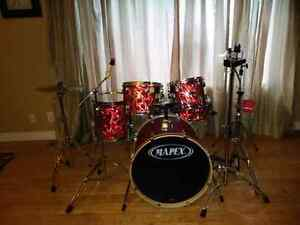 Mapex QR Series Drum Kit with Hardware and Cymbals