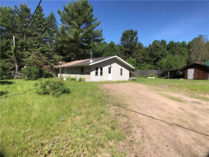 HOUSE FOR RENT< CHALK RIVER