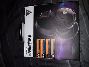 Pc gaming headset brand new never used London Ontario image 1