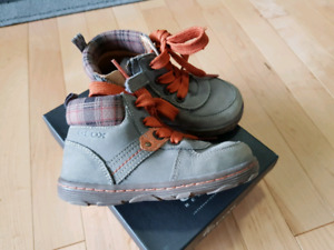 GEOX shoes, size 8, great condition