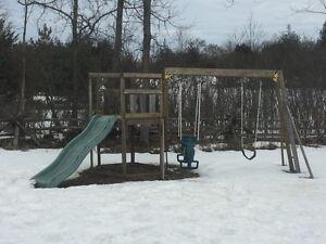 Free swing/slide/ladder play set