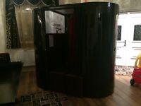 Fully Functional Photobooth for sale with equipment