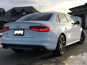 2015 Audi S4 Technik - ONLY 10000 KMS. NEVER WINTER DRIVEN