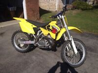2001 RM 250 low hours. Trade for woods bike or newer  125mx bike