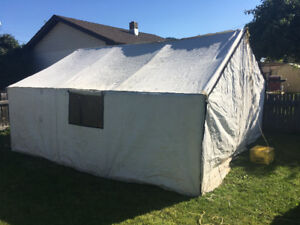 14'/16' delux wall tent 1750$ neg