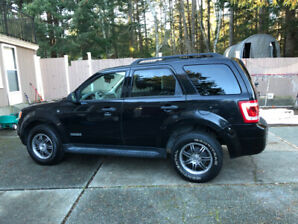 2008 Ford Escape limited Low Kms