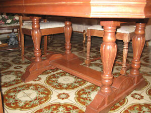 antique classic 1930s dining room table set Windsor Region Ontario image 7