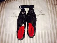 Men's size 10 going out shoes