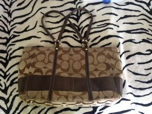 Coach Tote for sale  Kawartha Lakes Peterborough Area image 2