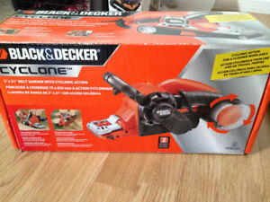 Belt sander with cyclonic action, barely used.