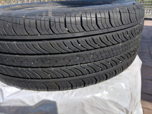 225 55 R18 Continental Pro Contact tires all season great tread