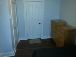 NICE BEDROOM FOR RENT 2 MINUTES FROM UNIVERSITY OF MONCTON