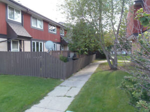 Great 4 bedroom condo -Perfect investment or starter home !