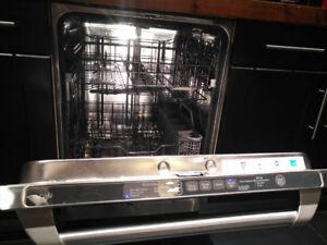 Lave vaisselle GE Café