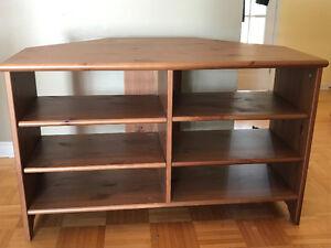Meuble télé Ikea en coin