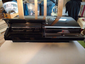 PS3 Backwards Compatible 60GB (PS1, PS2) AS-IS parts or repair.
