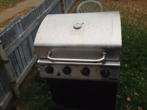 Tested and works! Master Chef 4 burner 48,000BTU/h BBQ