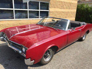 1966 Oldsmobile Eighty-Eight Dynamic Convertible