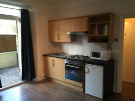SELF CONTAINED STUDIO FLAT TO RENT
