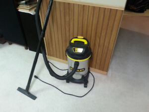 WET DRY SHOP VACUUM