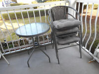 Patio Table 3 Chairs