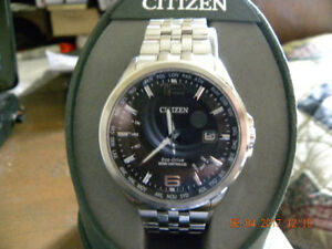 New Citizen Echo Drive Atomic Radio Controlled World time watch