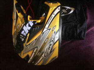 ZOX Helmet  Midium size $100