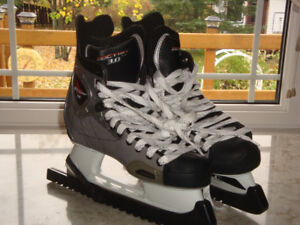 "Vector 3.0 Size 9 Skates 'Like New"""