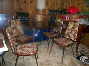 Chrome Table & 4 Chairs