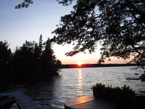 Nova Scotia Lakefront cottage rental