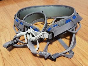 Petzl Corax Harness Size 2