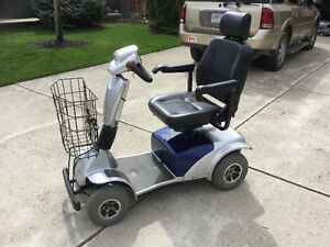 4WHEEL MOBILITY SCOOTER