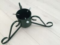 Dark green Xmas tree holder 3 leg with bolts used once