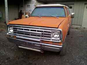 1976 Dodge Ramcharger 360 4 speed (sold) 705 931 6967