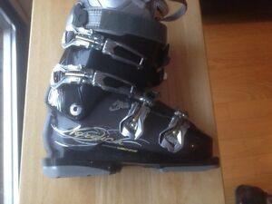 For sale women ski boots Nordica Sportmachine 240-245mm(7-7.5)