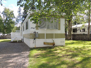 NEW PRICE! 1972 Mobile Home 3 Bdrm/1 Bath on 0.24 Acre Lot
