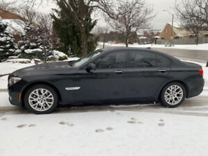 BMW 750i 2009 No Sign of Wear (Certified)