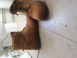 Timberlands roll-up boots