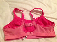 36 D-SuperShock Sports Bra