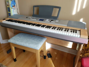 Yamaha Digital Piano with Stand and Bench
