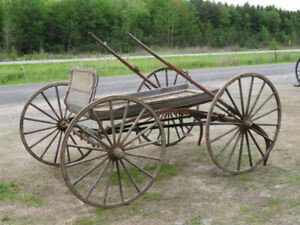 Voiture pour cheval , bogey ,roues