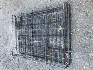 Petite Cage chien. Small Dog cage