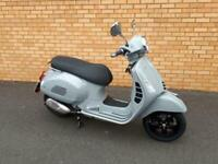 Vespa GTS125 E4 Supertech Top of the Range, Brand New in Grey In Stock