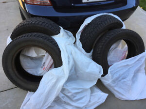 Four 195/60R15 Hercules winter tires, Excellent condition!!!