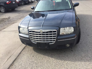 2007 Chrysler 300 limited runs well safety only $2495+HST