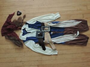 Pirate Costume Size M (7/8)