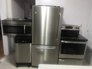 Stainless Steel GE Excellent Condition Set for Sale