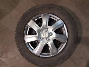 Like new winter tire 235 65 R17